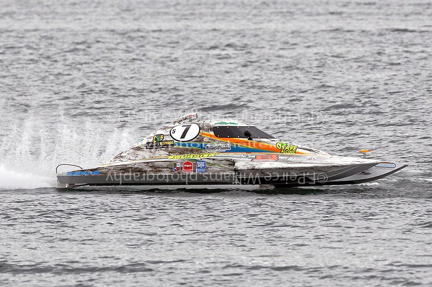 S-7   (2.5 Litre Stock hydroplane(s)<br /> <br /> Thunder on the River<br /> Long Sault, Ontario, Canada<br /> June 11-12, 2016<br /> <br /> &copy;2016, Sam Chambers
