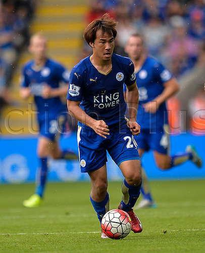 22.08.2015. Leicester, England. Barclays Premier League. Leicester City versus Tottenham Hotspur. Shinji Okazaki of Leicester City runs with the ball.