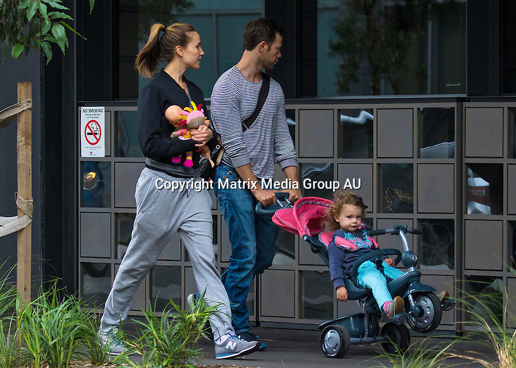15 NOVEMBER 2015 SYDNEY AUSTRALIA<br /> <br /> EXCLUSIVE PICTURES<br /> <br /> Rachael Finch pictured with her husband Michael Mizner and daughter Violet going for an early dinner at Zetland.<br /> <br /> *No internet without clearance*.<br /> MUST CALL PRIOR TO USE +61 2 9211-1088. Matrix Media Group.Note: All editorial images subject to the following: For editorial use only. Additional clearance required for commercial, wireless, internet or promotional use.Images may not be altered or modified. Matrix Media Group makes no representations or warranties regarding names, trademarks or logos appearing in the images.