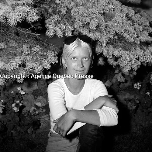 La chanteuse Melody Stewart<br /> <br /> (date inconnue, avant 1984),<br /> <br /> Photo : Agence Quebec Presse - Roland Lachance