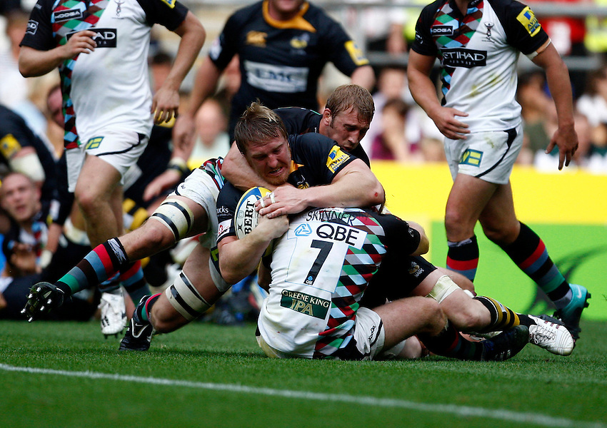 Photo: Richard Lane/Richard Lane Photography. London Wasps v Harlequins. Aviva Premiership. 04/09/2010. Wasps' Andy Powell drives but is held up short of the line.