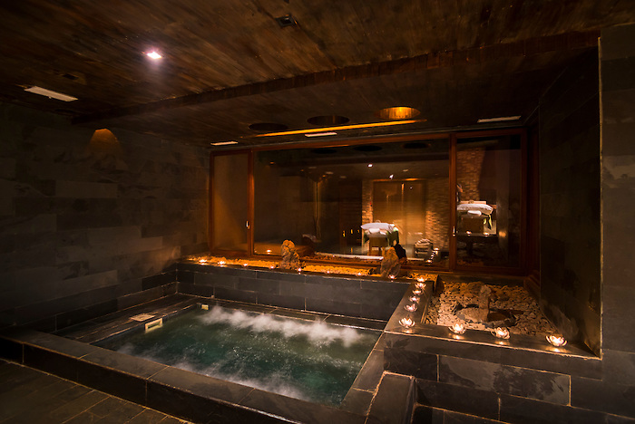 Spa and jacuzzi hot tub at hotel alto atacama desert lodge and spa san pedro - Destockage spa jacuzzi ...