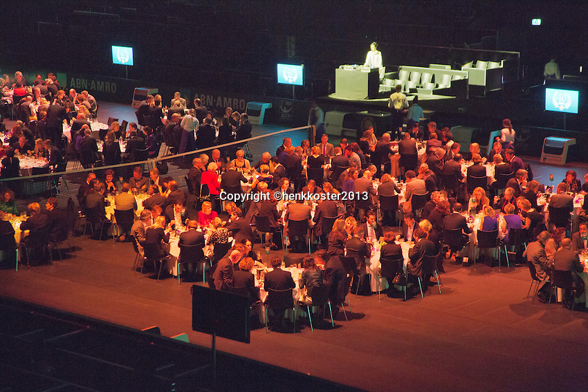 09-02-13, Tennis, Rotterdam, qualification ABNAMROWTT, Draw, Dinner being served