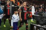 08.11.2018, BayArena, Leverkusen, Europaleque, Vorrunde, GER, UEFA EL, Bayer 04 Leverkusen (GER) vs. FC Zuerich (SUI),<br />  <br /> DFL regulations prohibit any use of photographs as image sequences and/or quasi-video<br /> <br /> im Bild / picture shows: <br /> Charles Ar&aacute;nguiz (Leverkusen #20),  mit Einlaufkind<br /> <br /> Foto &copy; nordphoto / Meuter<br /> <br /> <br /> <br /> Foto &copy; nordphoto / Meuter