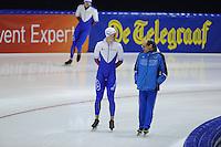 SCHAATSEN: HEERENVEEN: IJsstadion Thialf, 08-02-15, World Cup, Pavel Kulizhnikov (RUS), Kosta Poltavets (trainer/coach Team Russia), ©foto Martin de Jong
