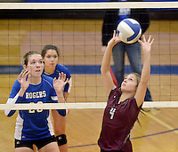 NWA Democrat-Gazette/BEN GOFF @NWABENGOFF<br /> Chloe Price of Siloam Springs sets the ball on Thursday Aug. 27, 2015 during the match at Rogers High.