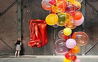 Nederland -Zaandam- 2019.  BIG ART op het Hembrugterrein. Het Hembrugterrein was als hart van de Nederlandse militaire industrie lange tijd afgesloten gebied, maar bruist nu van ondernemerschap en creativiteit. Tijdens BIG ART Hembrug 2019 worden tientallen XL-kunstwerken getoond. Glazen bollen van  Marinke van Zandwijk -  Site Specific.        Foto mag niet in negatieve context worden gepubliceerd.    Foto Berlinda van Dam / Hollandse Hoogte