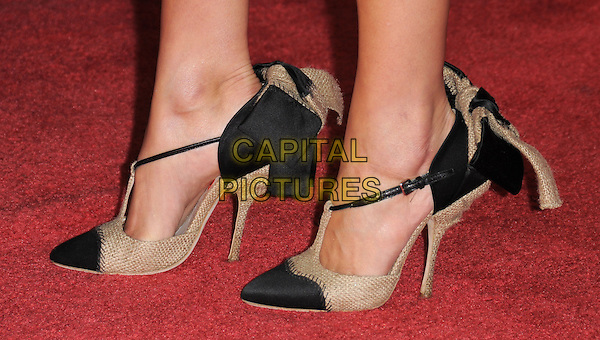 """CAMILLA BELLE'S SHOES.Premiere of """"Twilight"""" held at The Mann's Village Theatre in Westwood, California, USA..November 17th, 2008.feet heels black beige fabric burlap.CAP/DVS.©Debbie VanStory/Capital Pictures."""