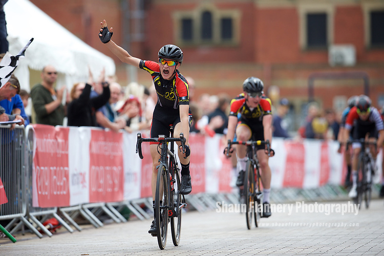Pix: Shaun Flannery/shaunflanneryphotography.com<br /> <br /> COPYRIGHT PICTURE&gt;&gt;SHAUN FLANNERY&gt;01302-570814&gt;&gt;07778315553&gt;&gt;<br /> <br /> 11th June 2017<br /> Doncaster Cycle Festival 2017<br /> Under 16 Boys