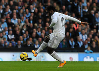 Picture: Andrew Roe/AHPIX LTD, Football, Barclays Premier League, Manchester City v Swansea City, 22/11/14, Etihad Stadium, K.O 3pm<br /> <br /> Swansea's Wilfred Bony scores the opener<br /> <br /> Andrew Roe>>>>>>>07826527594