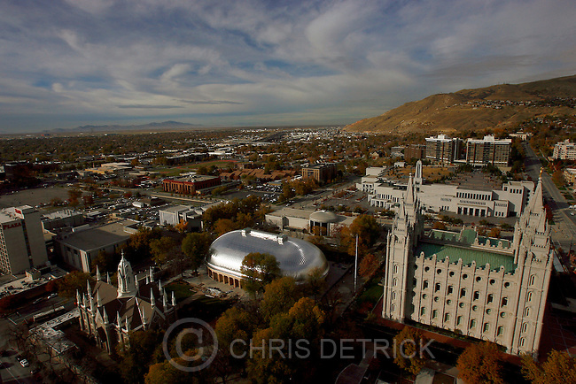 Salt Lake City,UT--11/6/06-2:41:19 PM--.View of Temple Square from the 19th floor of Gateway Tower West...***********.Church starts first phase of demolition for City Creek Center--permits have been issued to take down Inn at Temple Square. Good photo-op of the project area...Chris Detrick/Salt Lake Tribune.File #_1CD3433..<br />