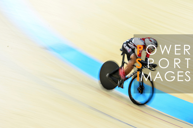 Fong Cheuk Shan of team SCAA during the Indiviual Pursuit Open Qualifying (4KM) Track Cycling Race 2016-17 Series 3 at the Hong Kong Velodrome on February 4, 2017 in Hong Kong, China. Photo by Marcio Rodrigo Machado / Power Sport Images