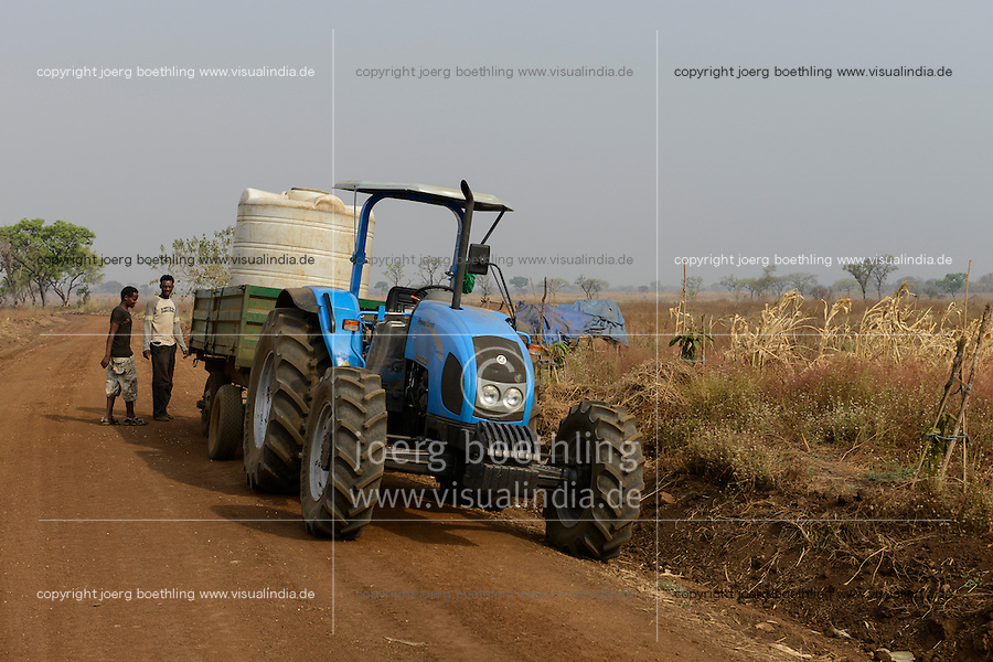 ETHIOPIA Gambela, Pukong, ethiopian government is leasing large farm land to investors for farming of cotton and maize / AETHIOPIEN Gambella, die aethiopische Regierung verpachtet grosse Landflaechen an Investoren