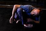L'Entre de l'Entre (CM), duo musical et chorégraphique avec Kinect: <br /> Thierry Lafont, chorégraphie et interprétation; Brahim Kerkour, musique.<br /> Cadre : Corps sonores<br /> Fondation Royaumont<br /> 07/09/2012<br /> © Laurent Paillier / photosdedanse.com