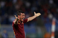 Calcio, Serie A: Roma vs Inter. Roma, stadio Olimpico, 2 ottobre 2016.<br /> Roma&rsquo;s Alessandro Florenzi celebrates after his teammate Kostas Manolas, not pictured, scored the winning goal during the Italian Serie A football match between Roma and FC Inter at Rome's Olympic stadium, 2 October 2016. Roma won 2-1.<br /> UPDATE IMAGES PRESS/Isabella Bonotto