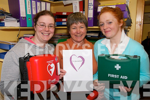 BIG HEARTS: Checking out some of the Croi Uibh Rathaigh first aid equipment in Waterville on Friday last were Cliona Ni Bhraonain (Ballinskelligs), Aine ni Bheolain (Caherdaniel) and Madeleine Nic Giolla Phadraig (Ballinskelligs).