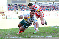 Manu Tuilagi of Leicester Tigers scores his first try of the match. Aviva Premiership match, between Leicester Tigers and Gloucester Rugby on April 2, 2016 at Welford Road in Leicester, England. Photo by: Patrick Khachfe / JMP