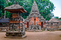 Bali, Gianyar, Ubud. Pura Dalem Agung in the monkey forest.