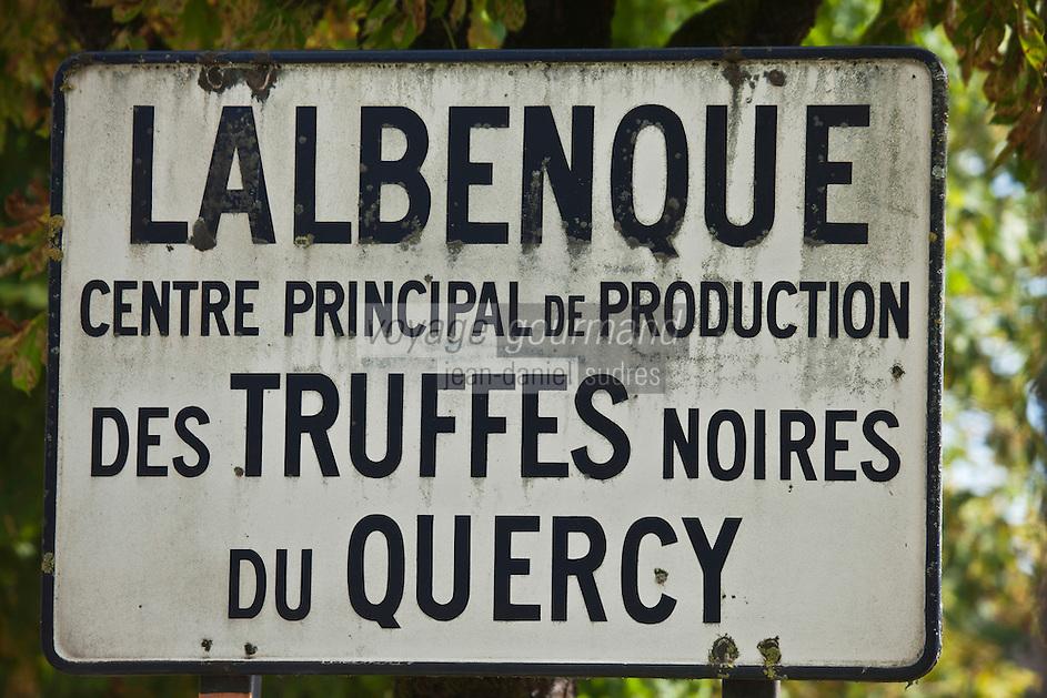 Europe/Europe/France/Midi-Pyrénées/46/Lot/Lalbenque:  Lalbenque est considéré comme la capitale de la truffe noire du Quercy.