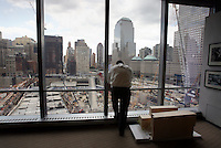New York City - August 8, 2008: At 7 WTC, an engineer views the construction of the new World Trade Center site.  View is South.   Newsday/Ari Mintz  8/8/2008.