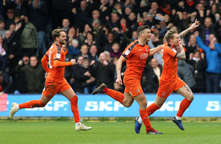 Luton Town's Jason Cummings celebrates scoring his side's second goal to make it 2-2<br /> <br /> Photographer David Shipman/CameraSport<br /> <br /> The EFL Sky Bet League One - Luton Town v Blackpool - Saturday 6th April 2019 - Kenilworth Road - Luton<br /> <br /> World Copyright © 2019 CameraSport. All rights reserved. 43 Linden Ave. Countesthorpe. Leicester. England. LE8 5PG - Tel: +44 (0) 116 277 4147 - admin@camerasport.com - www.camerasport.com