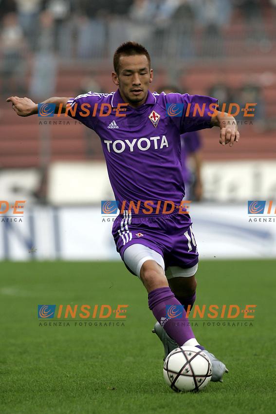 Udine 24-10-04<br /> Campionato di calcio Serie A 2004-05<br /> Udinese Fiorentina<br /> nella  foto Hidetoshi Nakata Fiorentina<br /> Foto Snapshot / Insidefoto