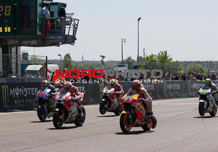 Monster Energy Grand Prix de France in Le Mans 15.-17.05.2015, Free Practice, Warm Up, Rennen<br /> <br /> Start Moto GP<br /> <br /> Foto &copy; nordphoto / FSA