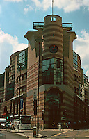 London:  No. 1 Poultry 1985-1998. James Stirling and Michael Wilford.  Photo '05.