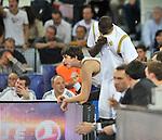 Ibaka desde el banquillo. Partido de Euroliga entre el Real Madrid y el EA7 Armani. 28 de Octubre 2011. La Caja M·gica. Madrid...Photo: Marcos / ALFAQUI