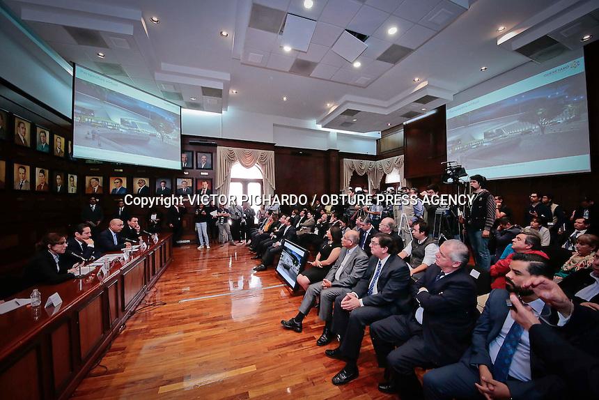 Quer&eacute;taro, Qro. 15 febrero 2016.-  <br /> El gobernador del estado, Francisco Dom&iacute;nguez; el Presidente Municipal de Quer&eacute;taro, Marcos Aguilar y la Secretaria de Desarrollo Urbano y Obras P&uacute;blicas, Romy Rojas, presentaron en las instalaciones de Palacio de Gobierno, el proyecto de conexi&oacute;n &quot;R&iacute;o Quer&eacute;taro&quot; que tendr&aacute; una duraci&oacute;n programada de 11 meses y contar&aacute; con una inversi&oacute;n de 243 millones de pesos<br /> Foto: Victor Pichardo / Obture Press Agency