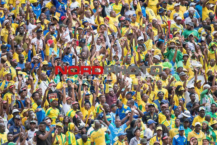 05.01.2019, FNB Stadion/Soccer City, Nasrec, Johannesburg, RSA, Premier League, Kaizer Chiefs vs Mamelodi Sundowns<br /> <br /> im Bild / picture shows <br /> <br /> Fans <br /> <br /> Foto &copy; nordphoto / Kokenge