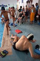 Roma .Diversamente abili in piscina.Attività sportive e riabilitazione.Rome.Disability in the pool.Sports and rehabilitation