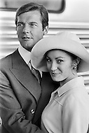 01 Nov 1972, New Orleans, Louisiana, USA --- English actors Jane Seymour and Roger Moore, as the new James Bond, on the set of Guy Hamilton's film Live and Let Die, based on Ian Fleming's novel. --- Image by © JP Laffont