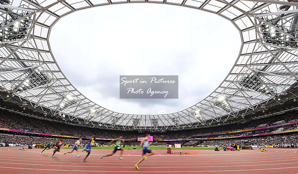 A general view of the stadium as the mens 200m athletes go past. IAAF world athletics championships. London Olympic stadium. Queen Elizabeth Olympic park. Stratford. London. UK. 07/08/2017. ~ MANDATORY CREDIT Garry Bowden/SIPPA - NO UNAUTHORISED USE - +44 7837 394578