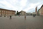 Piazza Castello a Torino. Marzo 2007...Castle square in Torino. March 2007...Ph. Marco Saroldi. Pho-to.it