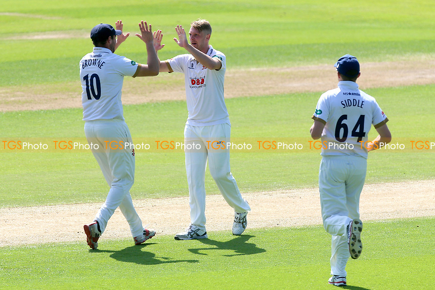 Jamie Porter of Essex celebrates taking the wicket of Cheteshwar Pujara during Essex CCC vs Yorkshire CCC, Specsavers County Championship Division 1 Cricket at The Cloudfm County Ground on 4th May 2018
