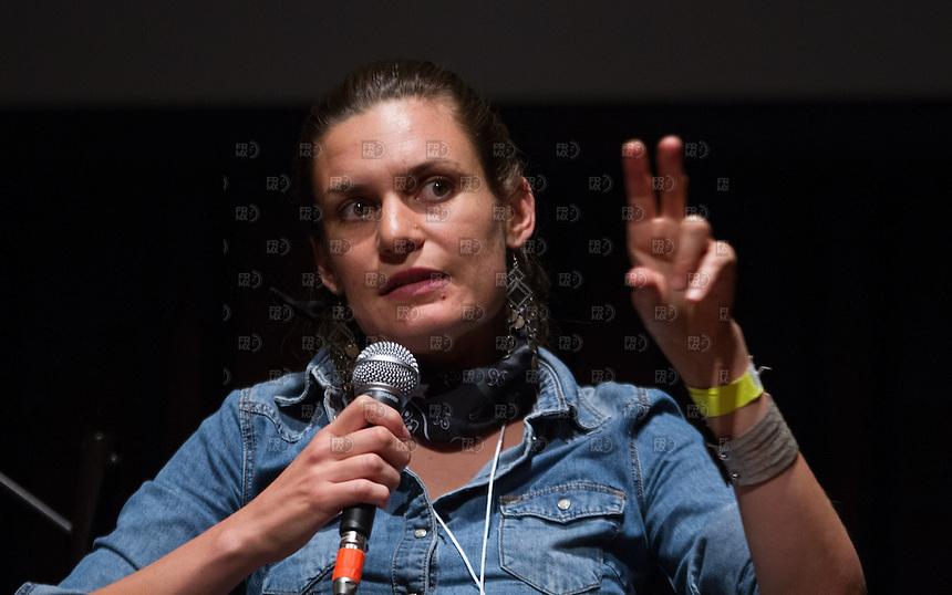 CIUDAD DE MEXICO, DF. 23 de mayo.-  Alejandra Guillén,  durante el 7 aniversario de Periodistas de a Pie en el Centro Cultural España en la Ciudad de México el  23 de mayo de 2014.  ALEJANDRO MELENDEZ