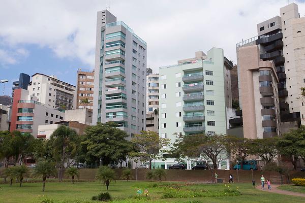 Belo Horizonte _ MG, 23 Agosto de 2007<br /> <br /> Fotos de prata no bairro Anchieta.<br /> <br /> FOTO: LEO DRUMOND / AGENCIA NITRO