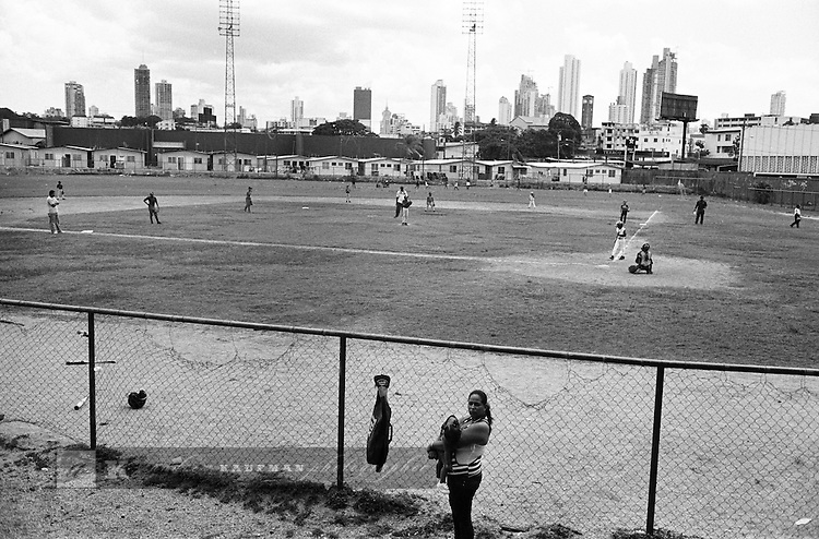 Baseball was first introduced to Panama in 1903. Some of the most well known Panamanian players to make an impact on the baseball world were Rod Carew and Mariano Rivera. Locals still aspire to make it to the bigs. In Curundu and San Felipe games are hotly contested by aspiring players.