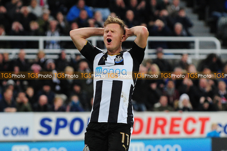 A frustrated Matt Ritchie of Newcastle United during Newcastle United vs Blackburn Rovers, Sky Bet EFL Championship Football at St. James' Park on 26th November 2016