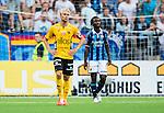 Stockholm 2014-07-07 Fotboll Allsvenskan Djurg&aring;rdens IF - IF Elfsborg :  <br /> Elfsborgs Johan Larsson ser nedst&auml;md ut bredvid Djurg&aring;rdens Amadou Jawo  <br /> (Foto: Kenta J&ouml;nsson) Nyckelord:  Djurg&aring;rden DIF Tele2 Arena Elfsborg IFE depp besviken besvikelse sorg ledsen deppig nedst&auml;md uppgiven sad disappointment disappointed dejected