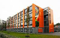 Nederland  Amsterdam -  2017.  Spinozacampus in de Bijlmer. Studentenwoningen.  Foto Berlinda van Dam / Hollandse Hoogte