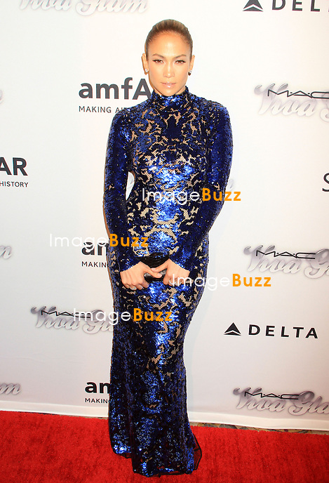 Jennifer Lopez attends the 4th Annual amfAR Inspiration Gala. New York, June 14, 2013.