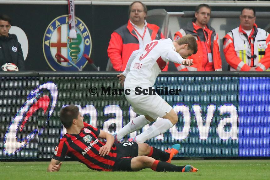 Aleksandar Ignjovski (Eintracht) gegen Timo Werner (VfB) - Eintracht Frankfurt vs. VfB Stuttgart, Commerzbank Arena