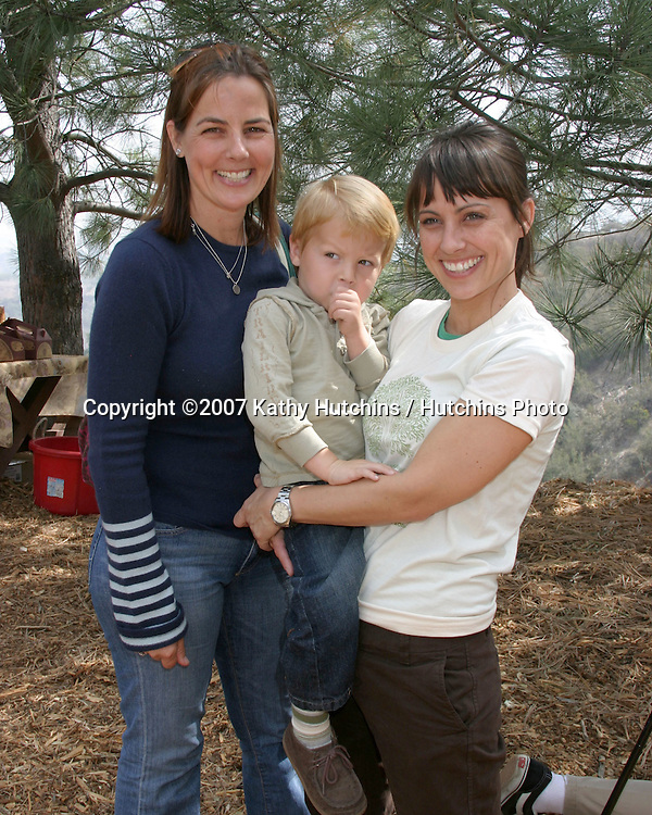 Constance Zimmer & nephew Luke, and his mother.EMA & E! Entertainment Tree Planting Event.Tree People's headquarters in Coldwater Canyon Park.Los Angeles, CA.April 4, 2007.©2007 Kathy Hutchins / Hutchins Photo....