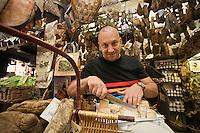 Europe/France/2A/Corse du Sud/Ajaccio:Paul Marcaggi dans sa boutique de produits corses: U Stazzu    1, rue Bonaparte- Fromages et charcuteries Corses