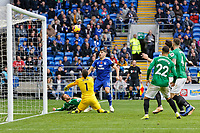 Callum Paterson of Cardiff City (C) fails to score in front of goalkeeper Mathew Ryan of Brighton during the Premier League match between Cardiff City and Brighton & Hove Albion at the Cardiff City Stadium, Cardiff, Wales, UK. Saturday 10 November 2018