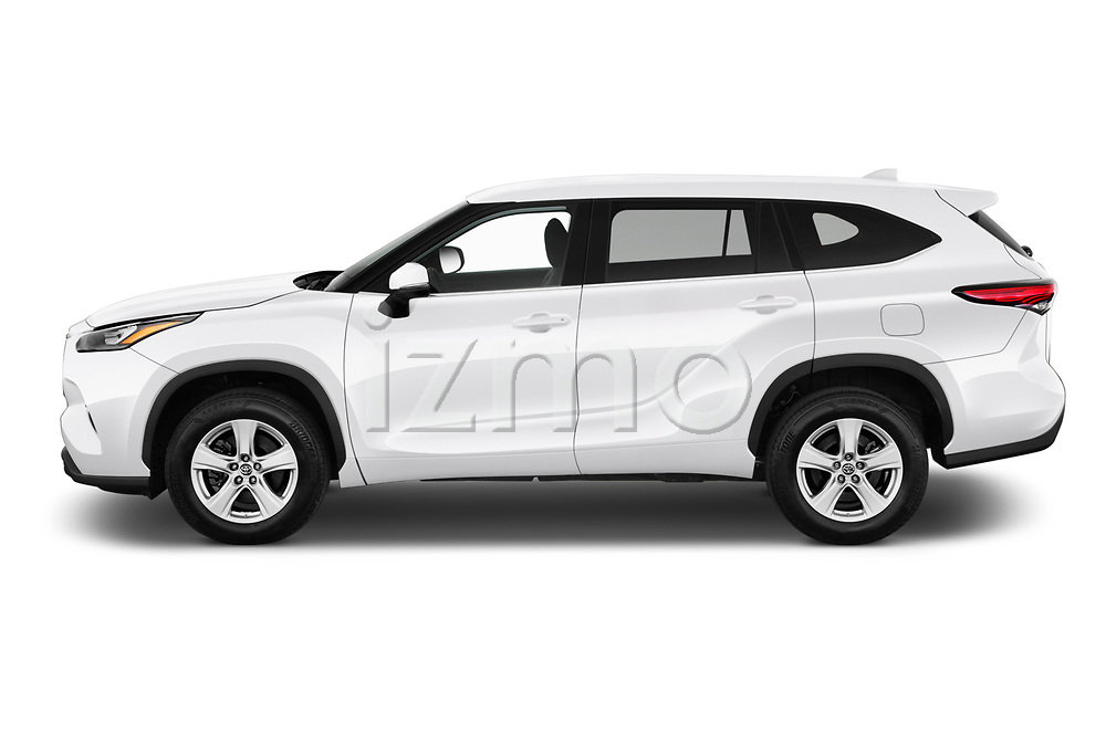 Car driver side profile view of a 2020 Toyota Highlander LE 5 Door SUV