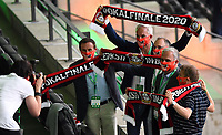 v. l. Leverkusen Ehrengaeste<br /> <br /> Fussball, Herren, Saison 2019/2020, 77. Finale um den DFB-Pokal in Berlin, Bayer 04 Leverkusen - FC Bayern München, 04.07. 2020, Foto: Matthias Koch/POOL/Marc Schueler/Sportpics.de