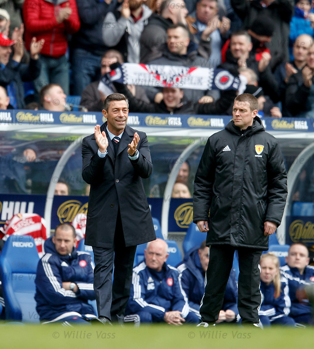 Pedro Caixinha on the touchline as Rangers score